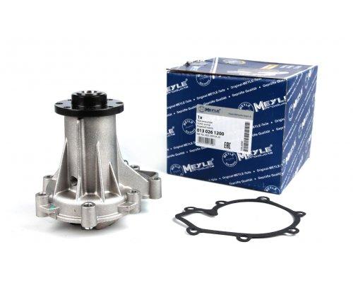Помпа / водяной насос MB Vito 638 2.3D 1996-2003 0130261200 MEYLE (Германия)