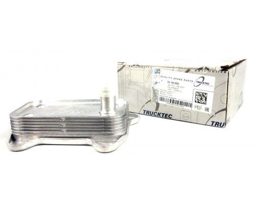 Радиатор масляный / теплообменник MB Sprinter 2.2CDI / 2.7CDI 2000-2006 02.18.050 TRUCKTEC (Германия)