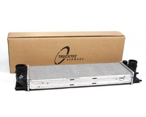 Радиатор интеркулера (двигатель: OM646) MB Sprinter 906 2.2CDI 2006- 02.40.235 TRUCKTEC (Германия)