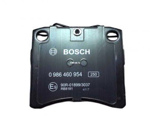 Тормозные колодки передние без датчика (LUCAS, R15, вент. диск, 91.7х80х17.7mm) VW T4 90-03 0986460954 BOSCH (Германия)