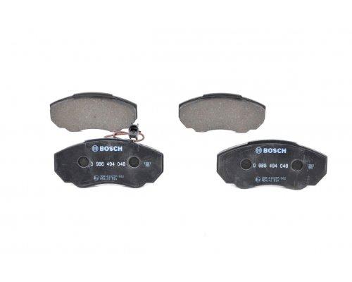 Тормозные колодки передние (с датчиком, R15) Fiat Ducato / Citroen Jumper / Peugeot Boxer 1994-2006 0986494048 BOSCH (Германия)