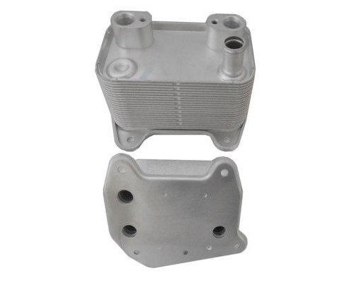 Радиатор масляный / теплообменник (автоматическая КПП) MB Sprinter 2.7CDI 2000-2006 1001813 AUTOTECHTEILE (Германия)