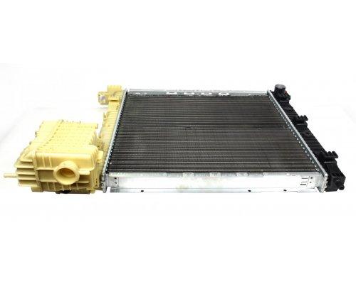 Радиатор охлаждения (механическая КПП) MB Vito 638 1996-2003 1005036 AUTOTECHTEILE (Германия)