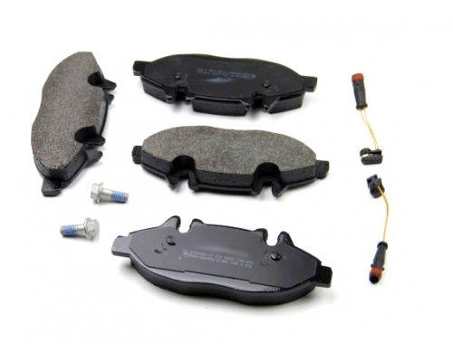 Тормозные колодки передние (с датчиком, система Bosch) MB Vito 639 2003- 1109.02 Remsa (Испания)