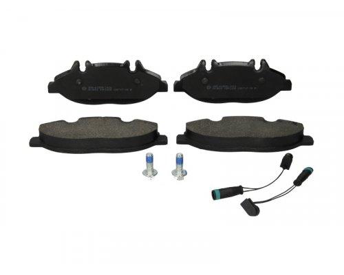 Тормозные колодки передние (с датчиком, система Bosch) MB Vito 639 2003- 05P1228 LPR (Италия)
