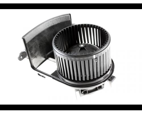Моторчик печки Renault Kangoo / Nissan Kubistar 97-08 160073510 Automega (Германия)