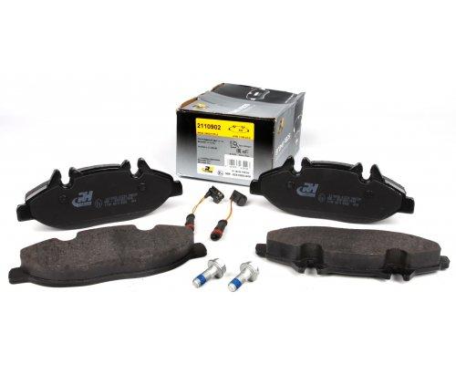 Тормозные колодки передние (с датчиком, система Bosch) MB Vito 639 2003- 21109.02 ROADHOUSE (Испания)