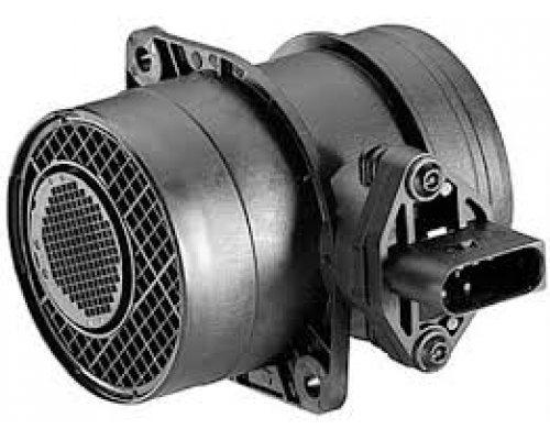 Расходомер воздуха (двигатель AXG) VW Transporter T4 2.5TDI 111kW 1995-2003 213719641019 MAGNETI MARELLI (Италия)