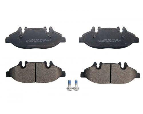 Тормозные колодки передние (система Bosch) MB Vito 639 2003- 240070070300 BRECK (Польша)