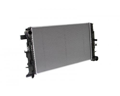Радиатор охлаждения VW Crafter 2006- 02.40.198 TRUCKTEC (Германия)