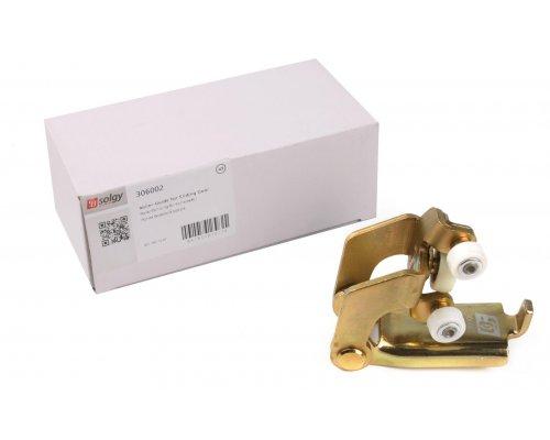 Ролик правой боковой двери средний (с кронштейном) MB Sprinter 901-905 306002 SOLGY (Испания)