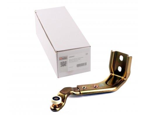 Ролик правой боковой двери нижний (с кронштейном) MB Sprinter 901-905 306003 SOLGY (Испания)