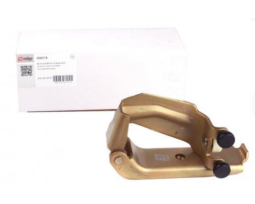 Ролик боковой двери средний (с кронштейном) MB Vito 638 1996-2003 306018 SOLGY (Испания)