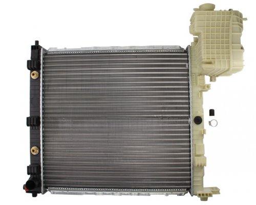 Радиатор охлаждения (механическая КПП) MB Vito 638 1996-2003 346170 KALE