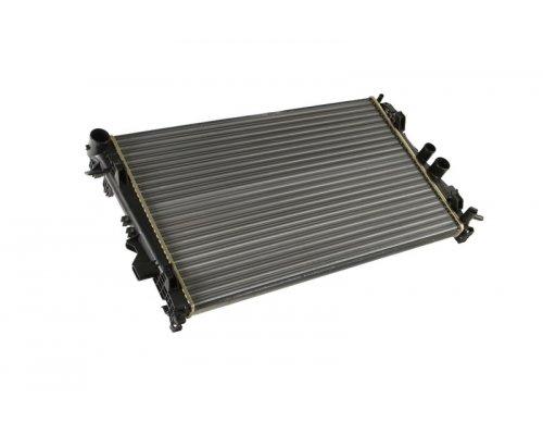 Радиатор охлаждения (механическая КПП) MB Vito 639 2003- 360900 KALE