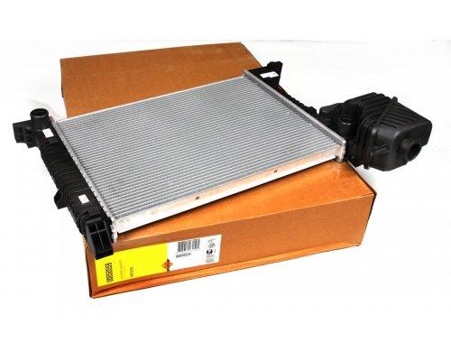 Радиатор охлаждения (без кондиционера) MB Sprinter 2.3D / 2.9TDI 1995-2006 50559 NRF (Нидерланды)
