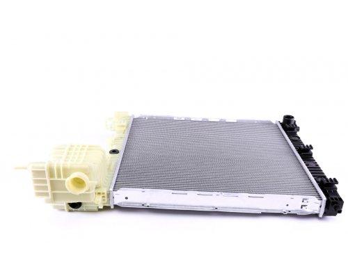 Радиатор охлаждения (механическая КПП) MB Vito 638 1996-2003 50583 NRF (Нидерланды)