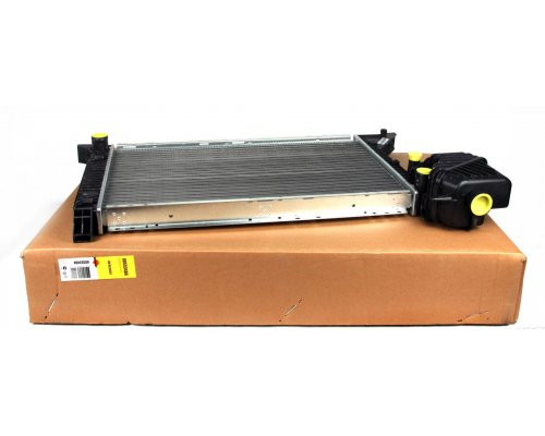 Радиатор охлаждения (МКПП) MB Sprinter 2.2CDI / 2.7CDI 1995-2006 55348A NRF (Нидерланды)