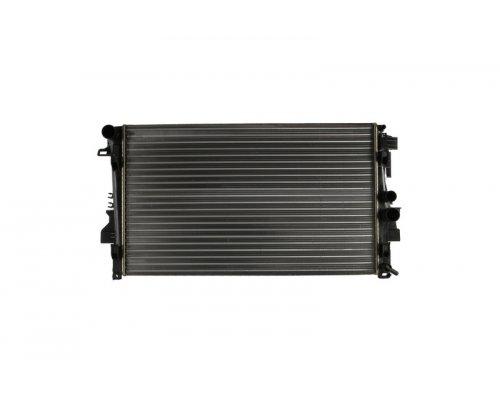 Радиатор охлаждения (механическая КПП) MB Vito 639 2003- 62572 NISSENS (Дания)