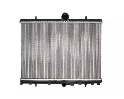 Радиатор охлаждения Fiat Scudo II / Citroen Jumpy II / Peugeot Expert II 1.6HDi, 2.0HDi 2007- 63621A NISSENS (Дания)