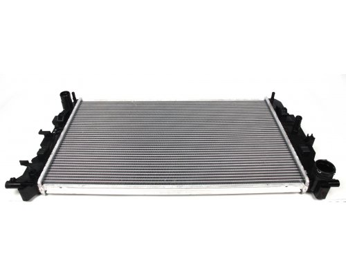 Радиатор охлаждения MB Sprinter 906 2006- 67156A NISSENS (Дания)