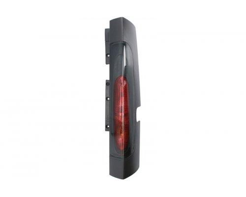 Фонарь задний правый (до 2006 г.в., ляда) Renault Trafic II / Opel Vivaro A 01-06 714025460812 MAGNETI MARELLI (Италия)