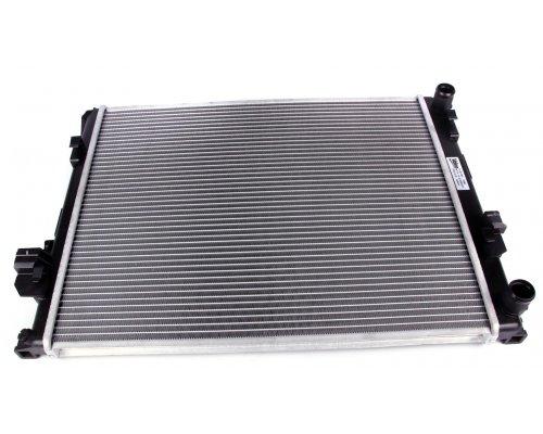 Радиатор охлаждения (с кондиционером) Renault Trafic II / Opel Vivaro A 1.9dCi 2001-2014 732853 VALEO (Франция)