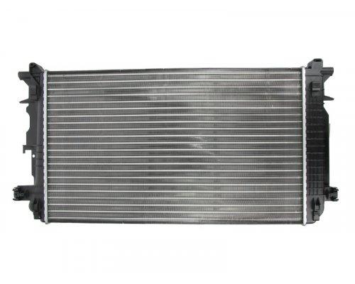 Радиатор охлаждения VW Crafter 2006- 734926 VALEO (Франция)