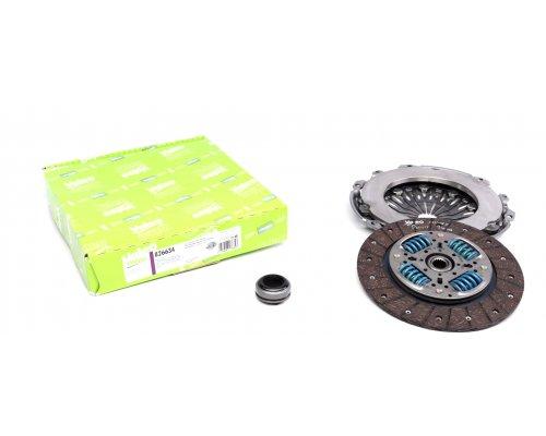 Комплект сцепления (корзина, диск, выжимной, до 2002 г.в) Fiat Scudo 2.0JTD 69kW 1995-2002 826634 VALEO (Франция)