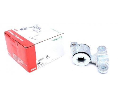 Сайлентблок переднего рычага задний правый Fiat Scudo / Citroen Jumpy / Peugeot Expert 1995-2006 829014010 FAG (Германия)