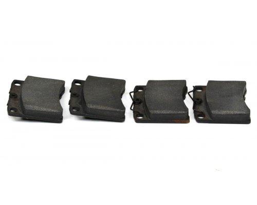 Тормозные колодки передние без датчика (LUCAS, R15, вент. диск, 91.7х80х17.7mm)  VW T4 90-03 C1W022ABE ABE (Польша)