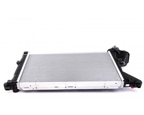 Радиатор охлаждения (МКПП) MB Sprinter 2.2CDI / 2.7CDI 1995-2006 CR697000P MAHLE (Австрия)