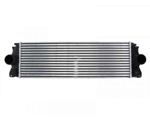 Радиатор интеркулера VW Crafter 2.5TDI 2006- DAM004TT THERMOTEC (Польша)
