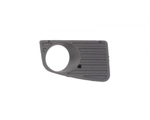 Решетка в бампер правая (под противотуманку) VW Crafter 2006- FP9563914 FPS (Тайвань)