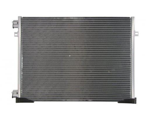 Радиатор кондиционера (565х440х16мм) Renault Trafic II / Opel Vivaro A 2.0 2001-2014 KTT110104 THERMOTEC (Польша)